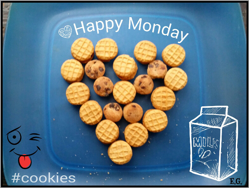#cookies #photography #love  Who doesn't love cookies?😉 What are your favorite kind?
