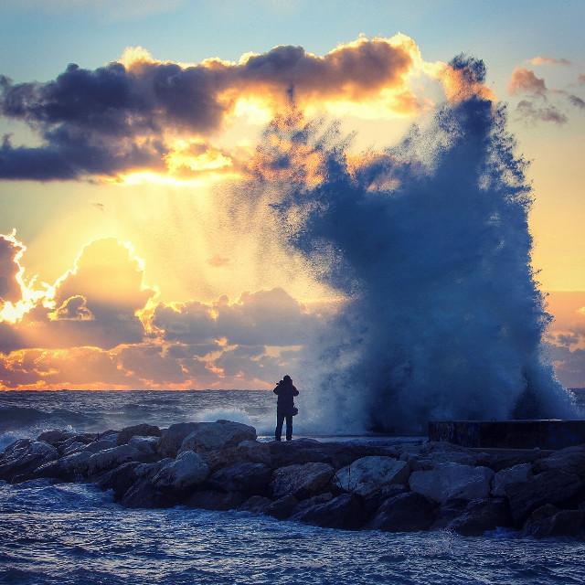 #wapwave #sunsetsilhouette