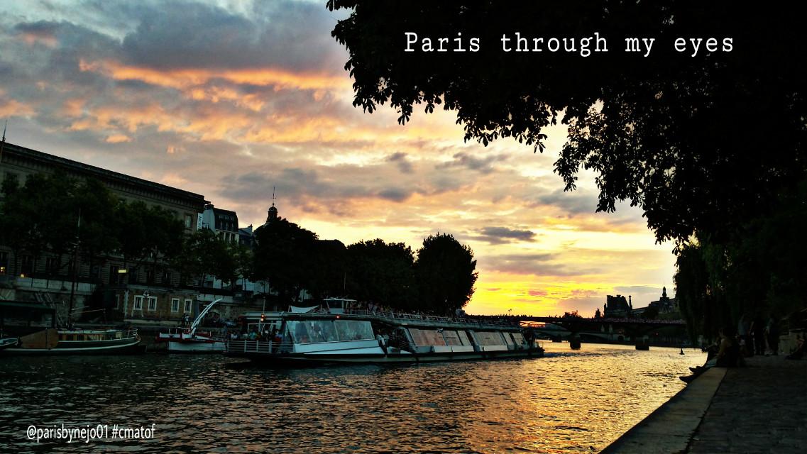 #paris #paristhroughmyeyes #throughmyeyes #parisàtraversmonregard #couchédesoleil #sunset #sky #ciel #cielo #couleurs #colors #cor #bateauxmouches #fliesboat #seineriver #photos #pictures #gallery #фото #fotografie #fotografia #foto #parisbynejo01 #cmatof #mypix #parisbynejo01_cmatof