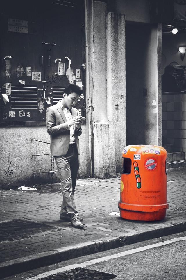 #connectingpeoples #street #orange #travel #hongkong #colorsplash #2015