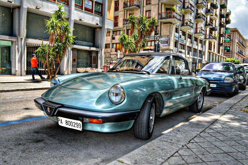 Old Alfa Romeo. Palermo #cars #retro #palermo #sicily #sicilia